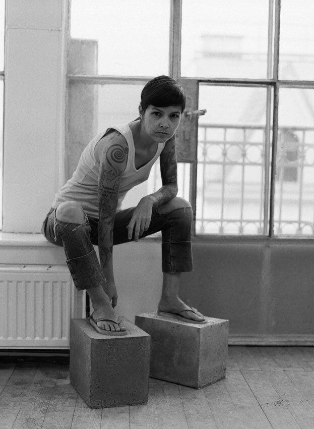 Setting Foot: deconstructing the sapatão (Self-portrait 01)