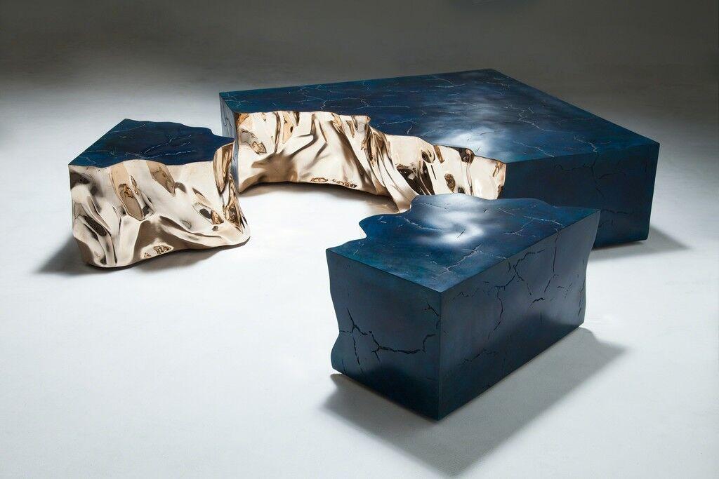 Fragmented Crack Blue