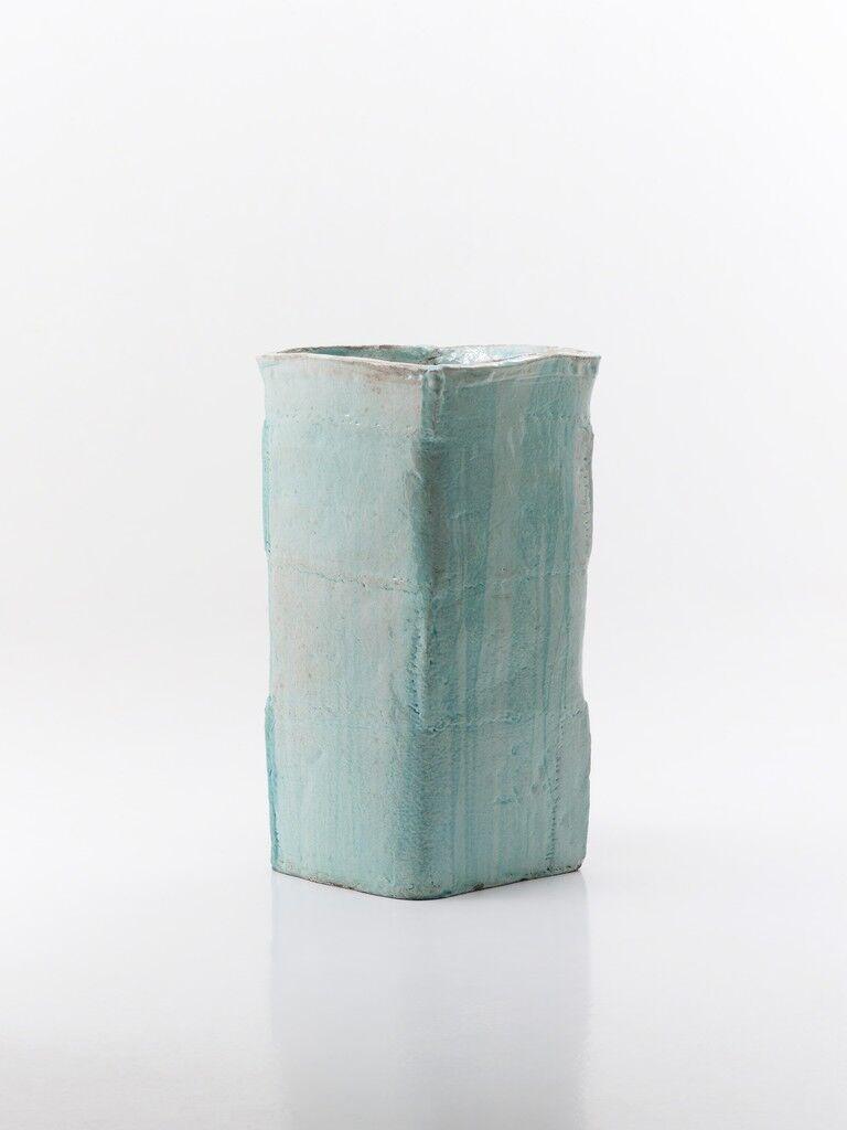 Blue Square planter M-1