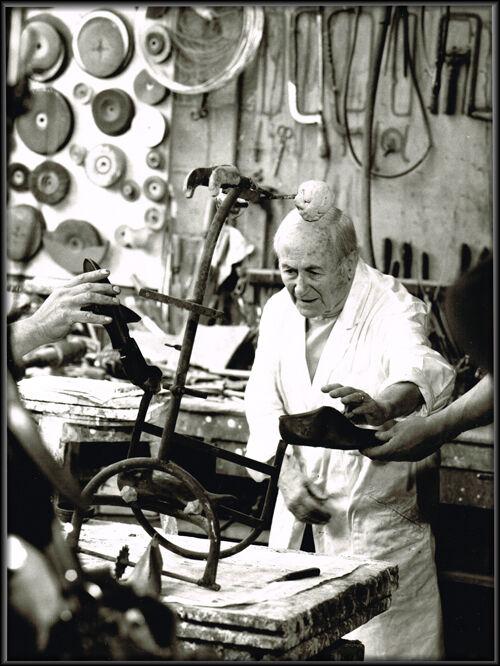 Miro Chez Le Fondeur Clementi A Meudon En 1973