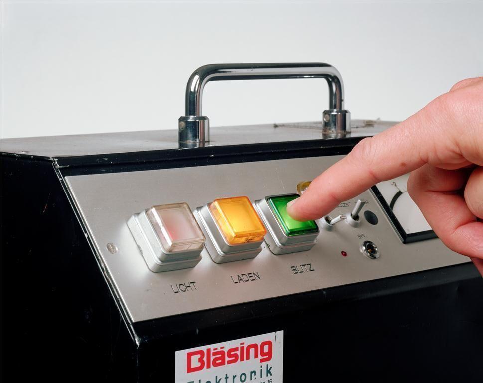 Bläsing G 2000, Bläsing GmbH, Essen Model: Christoph Boland November 15th, 2010