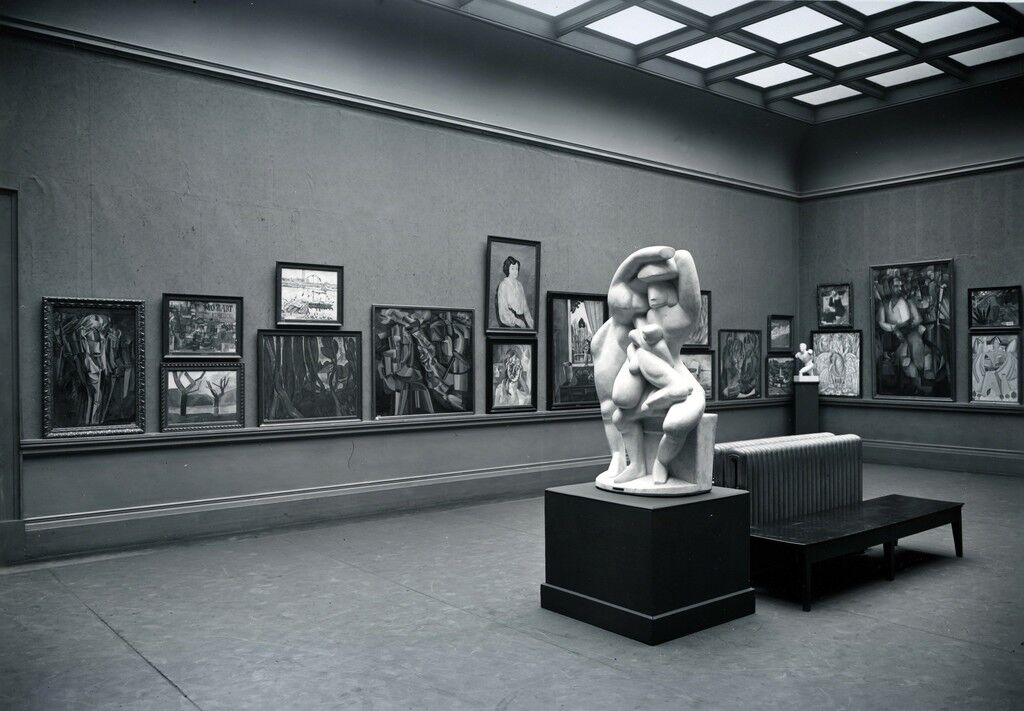 """The """"cubist"""" gallery of the International Exhibition of Modern Art (the Armory Show) at the Art Institute of Chicago, 1913"""