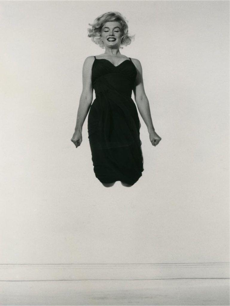 Marilyn Monroe, Jumping