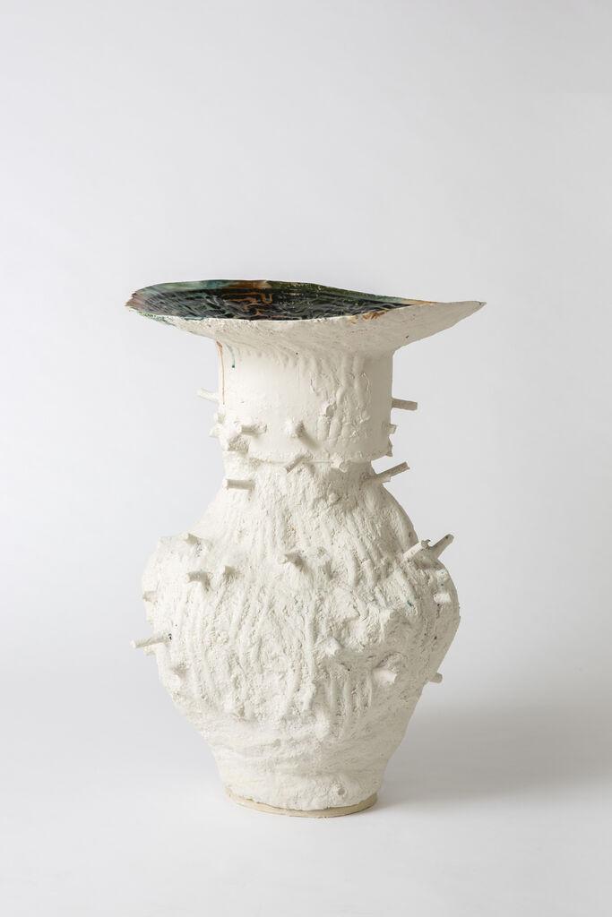 White dripping vessel