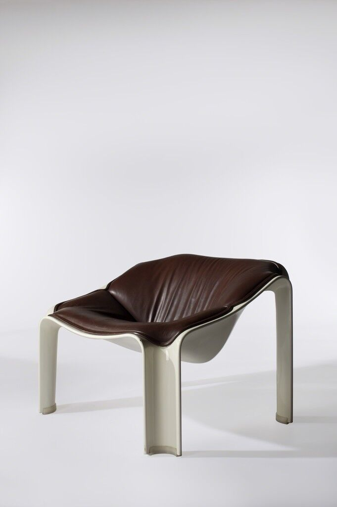 Pair of Chairs, Model F301