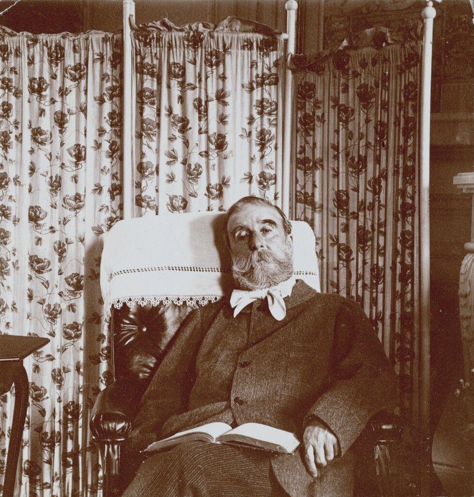 Portrait of Ludovic Hal'vy