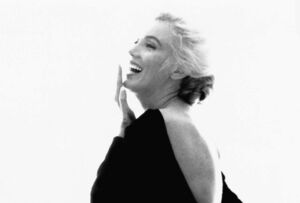 Behind the Scenes of Marilyn Monroe's Final Photoshoot With Bert Stern