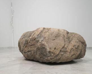 Alicja Kwade, installation view