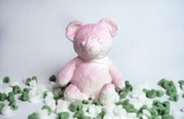 Daniel Arsham, Cracked Bear (Pink)